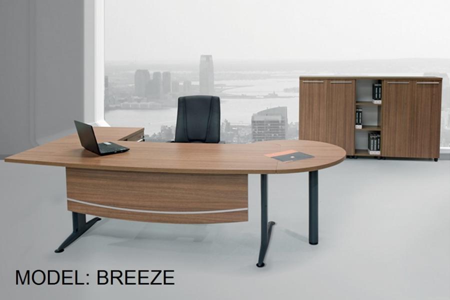 Bureau model Breeze